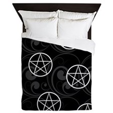 B&W Pentacles Queen Duvet