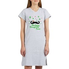 Stacheing Through the Snow Women's Nightshirt