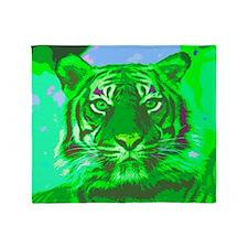 Tiger018 Throw Blanket