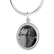 ART Eisenhower Silver Oval Necklace