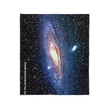 M31 andromeda galaxy hubble Ipad cas Throw Blanket