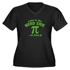 Come To The Nerd Side Women's Plus Size V-Neck Dar