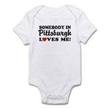 Somebody in Pittsburgh Loves Me Infant Bodysuit