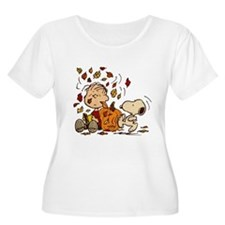 Fall Peanuts Women's Plus Size Scoop Neck T-Shirt