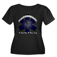 paramedi Women's Plus Size Dark Scoop Neck T-Shirt