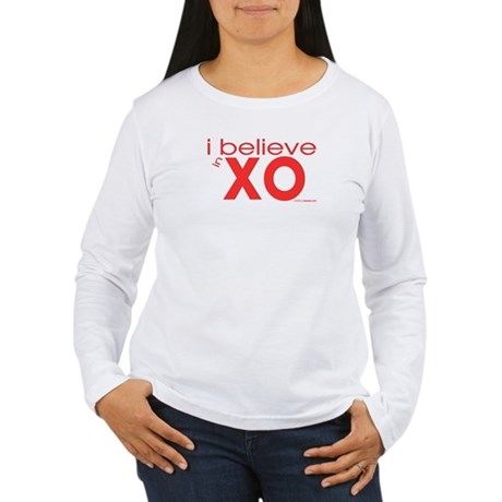 I believe in Hugs & Kisses Women's Long Sleeve T-S