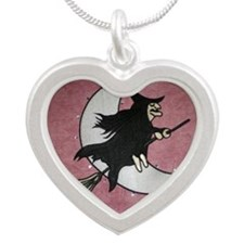 Banda Hechisera Silver Heart Necklace