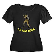 Navy Div Women's Plus Size Dark Scoop Neck T-Shirt
