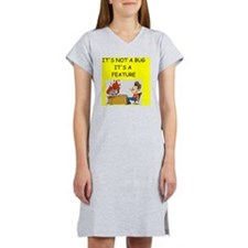tech support Women's Nightshirt
