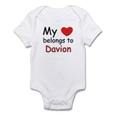 My heart belongs to davion Infant Bodysuit