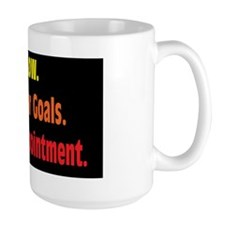 aim-low_rect2 Mug