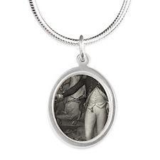6x4Postcard_WashingtonTrenton Silver Oval Necklace