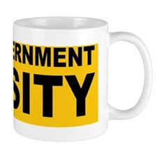 ANTO OBAMA END GOVDBLIGHTYELLO Mug