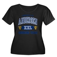 Andersen Women's Plus Size Dark Scoop Neck T-Shirt