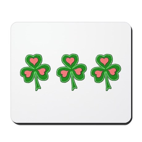 Three Shamrocks Pink Heart Mousepad
