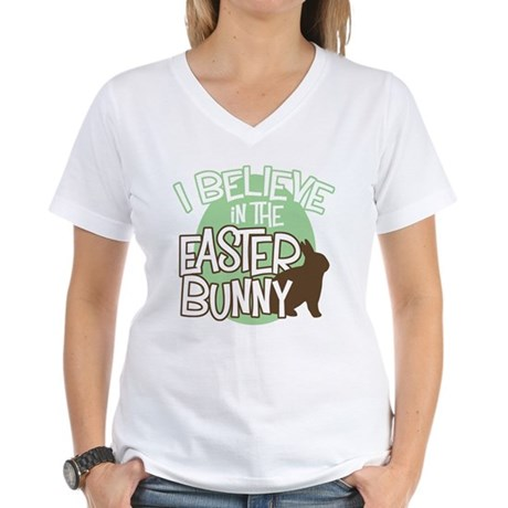 Belive Easter Bunny Women's V-Neck T-Shirt