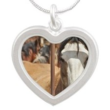 Cal_www Silver Heart Necklace