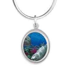 oceanworld_368_V_F Silver Oval Necklace