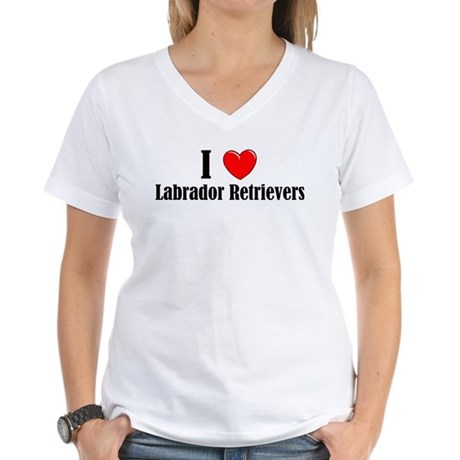 I Love Labs Women's V-Neck T-Shirt