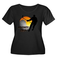 hockey24 Women's Plus Size Dark Scoop Neck T-Shirt