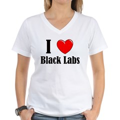 I Love Black Labradors Women's V-Neck T-Shirt
