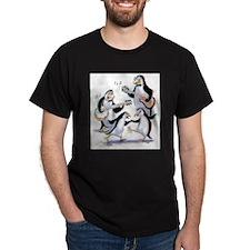 pEnGuInS sWiNgInG T-Shirt
