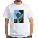 Monument, Giardini White T-Shirt