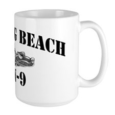 lbeach black letters Mug