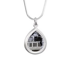 keyboard-sitting-cat-ful Silver Teardrop Necklace