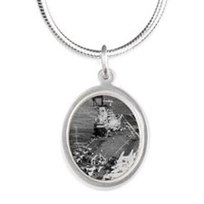 tico cva rectanle manet Silver Oval Necklace