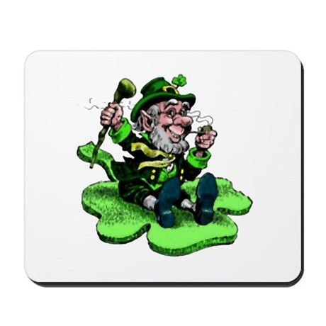 Leprechaun on Shamrock Mousepad