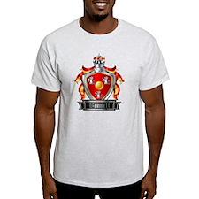 BENNETT COAT OF ARMS FAMILY CREST T-Shirt