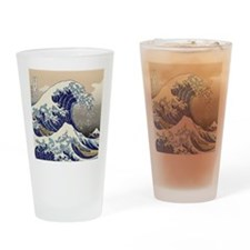 Hokusai_Great_WaveQueen1 Drinking Glass