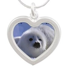 seal-kiss1 Silver Heart Necklace