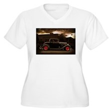 1932 black ford 5 window Plus Size T-Shirt