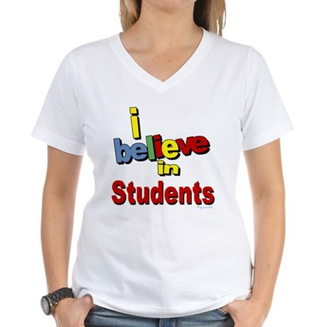... teachers Women's V-Neck T-Shirt
