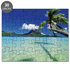 Faanui Bay, as seen from beach on Bora Bora Puzzle