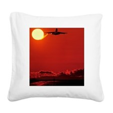 Boeing 747 taking off at suns Square Canvas Pillow