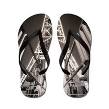 OIL WELL, DERRICK CATWALK Flip Flops