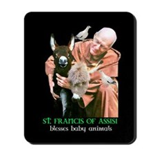 ST. FRANCIS OF ASSISI BLESSES Mousepad