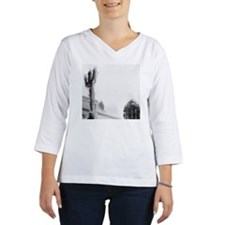 A statue of Neptune covered wit Women's Long Sleeve Shirt (3/4 Sleeve)