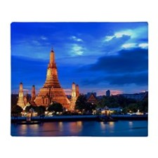 Wat Arun sunset Throw Blanket