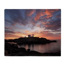 Cape Neddick Lighthouse, York, Maine Throw Blanket