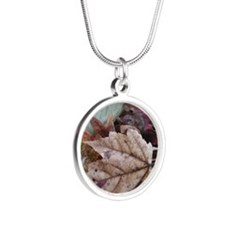 Fall leaves Silver Round Necklace