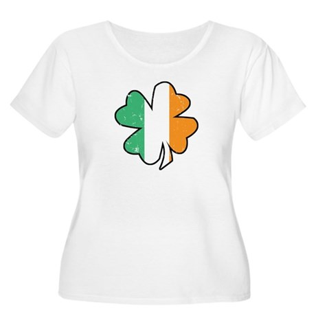 Vintage Irish Shamrock Women's Plus Scoop Neck Tee