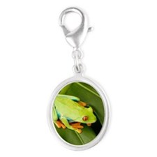Tree frog on leaf Silver Oval Charm