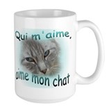 Qui m'aime, aime mon chat Large 2-sided Mug