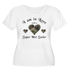 Super Hot Sailor - US Navy T-Shirt
