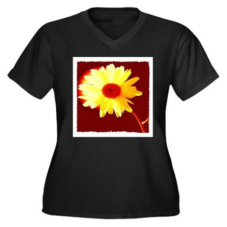 Hot Daisy Women's Plus Size V-Neck Dark T-Shirt