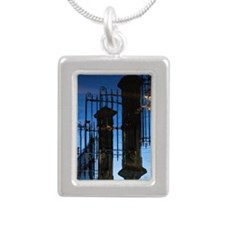 Mirror image of river Ou Silver Portrait Necklace